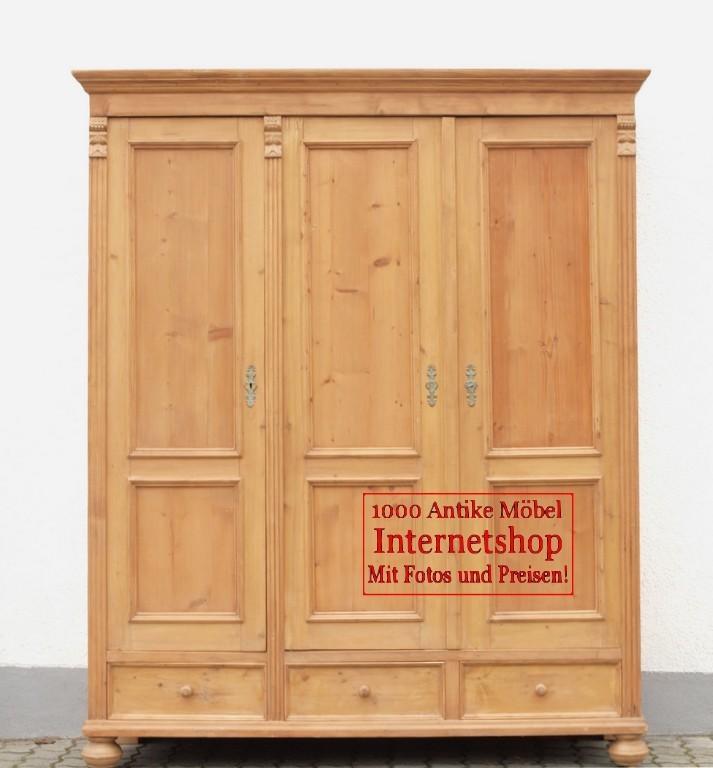 alter antiker kleiderschrank bauernschrank dreit rer massivholzm bel kiefer alte antike. Black Bedroom Furniture Sets. Home Design Ideas