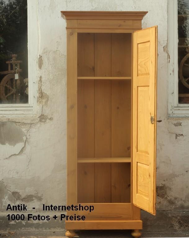 kleiner alter schmaler fichtenschrank antiker k chenschrank kleiderschrank besenschrank. Black Bedroom Furniture Sets. Home Design Ideas