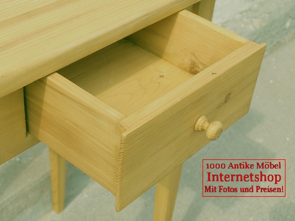 kleiner tisch mit schublade fichte alte antike. Black Bedroom Furniture Sets. Home Design Ideas