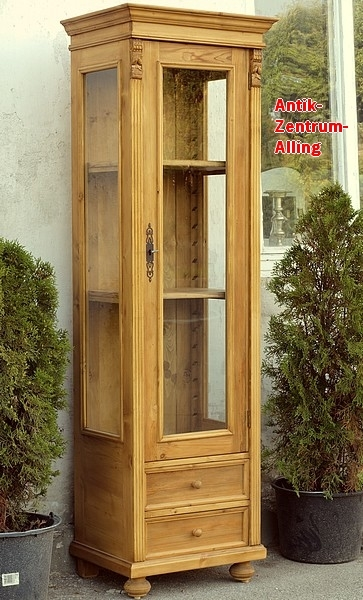 vitrine vitrinen bauernvitrine fichtenvitrine antike. Black Bedroom Furniture Sets. Home Design Ideas