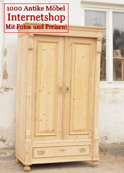 alter antiker restaurierter schrank kleiderschrank bauernschrank schrank massiver fichte alte. Black Bedroom Furniture Sets. Home Design Ideas