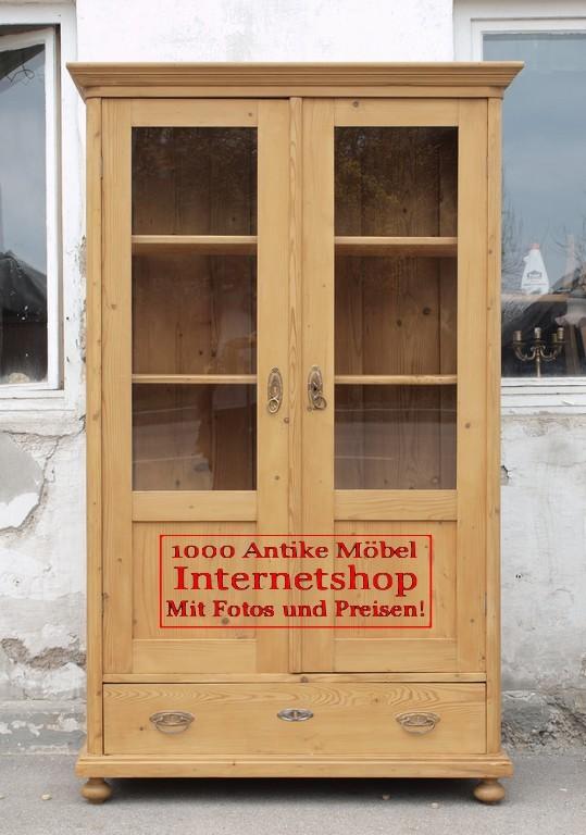 B uerliche vitrine vitrinenschrank massivholzm bel for Alte vitrinenschra nke