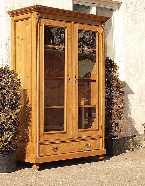 alte antike vitrine fichte bauernvitrine gr nderzeit massivholzm bel fichtenholz virtinenschrank. Black Bedroom Furniture Sets. Home Design Ideas