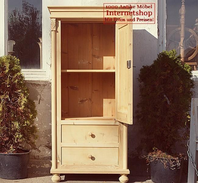 altes antikes restauriertes bauernm bel schmaler kleiner schrank massivholzm bel um 1900. Black Bedroom Furniture Sets. Home Design Ideas