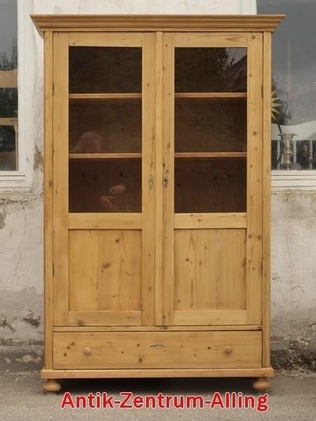 Antike b uerliche vitrine weichholzm bel fichte - Alte vitrinenschra nke ...