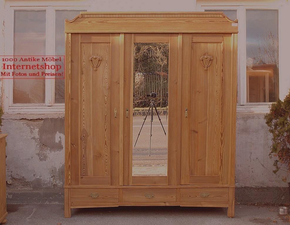 alter antiker 3 t riger kleiderschrank mit spiegel. Black Bedroom Furniture Sets. Home Design Ideas