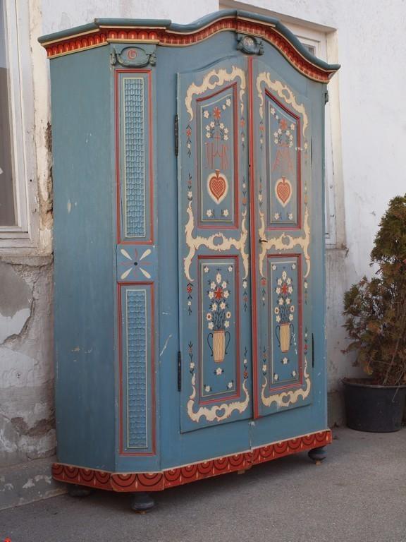 antiker bemalter bauernschrank kleiderschrank massivholzm bel bauernm bel alte antike. Black Bedroom Furniture Sets. Home Design Ideas