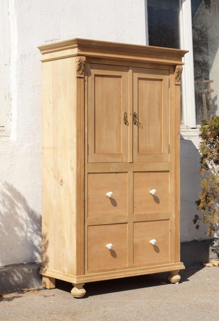 alter antiker restaurierter bauernschrank schrank aus massiver fichte w scheschrank alte. Black Bedroom Furniture Sets. Home Design Ideas
