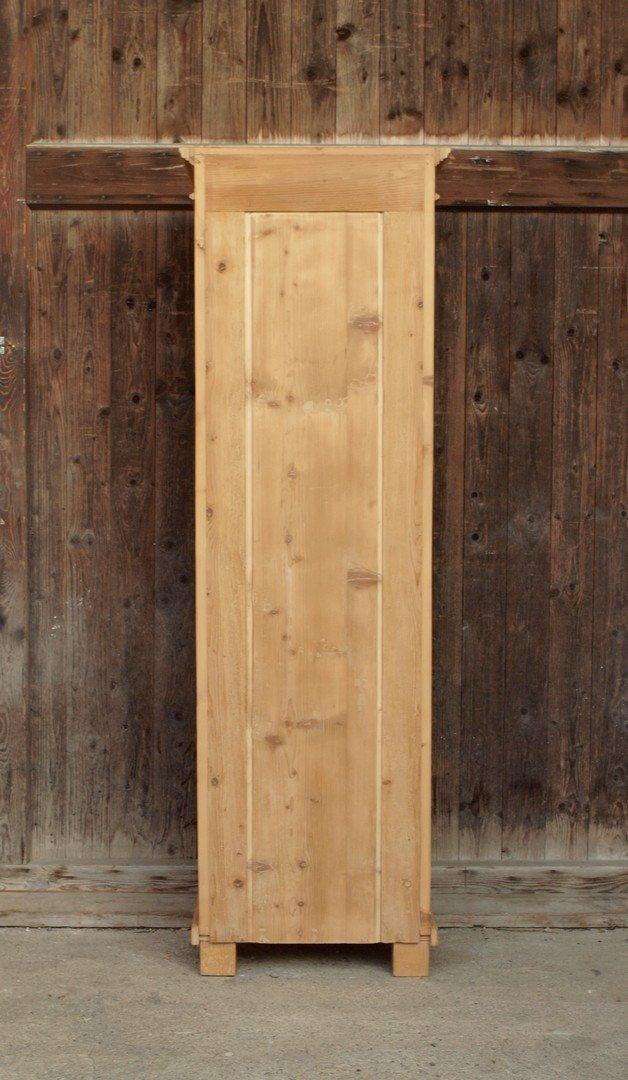 schmaler bauernschrank dielenschrank massivholz fichte. Black Bedroom Furniture Sets. Home Design Ideas