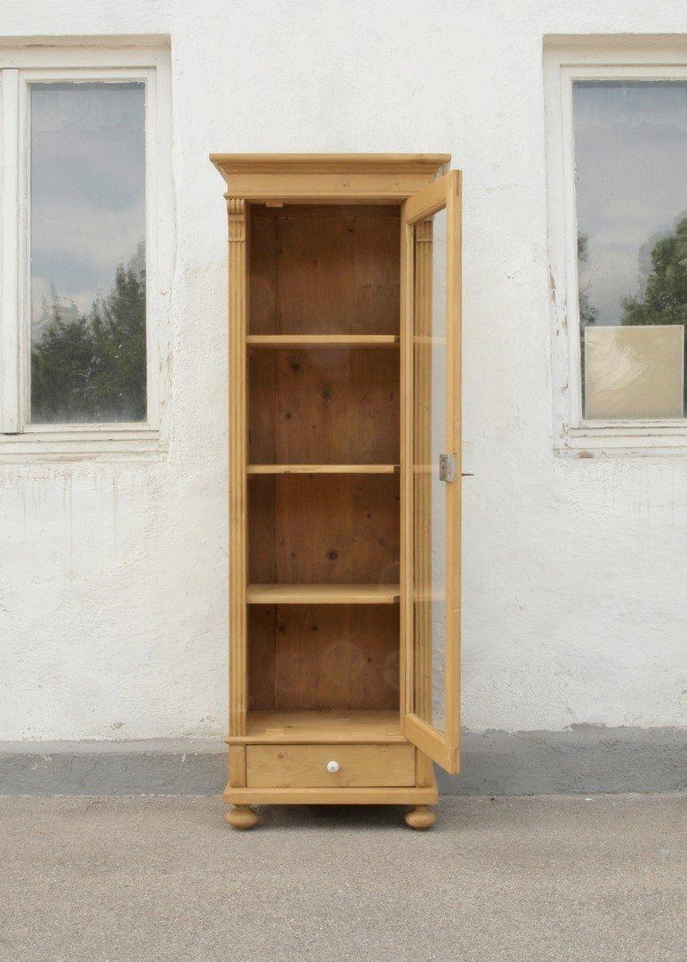 vitrine im gr nderzeitstil aus altem holz gefertigt. Black Bedroom Furniture Sets. Home Design Ideas