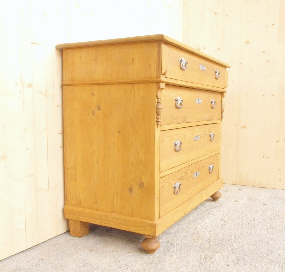alte antike kommode restauriert 4 schubladen massivholz gr nderzeit alte antike bauernm bel. Black Bedroom Furniture Sets. Home Design Ideas