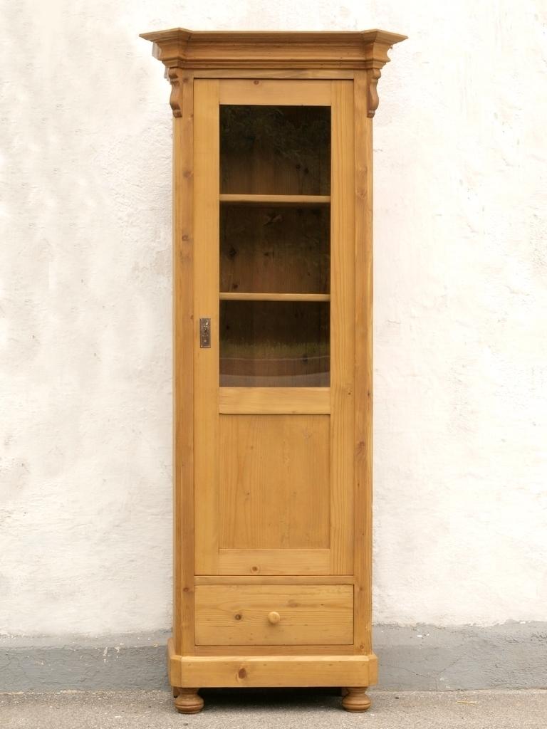 alte antike schmale vitrine gr nderzeitstil fichtenholz massivholz bauernm bel alte antike. Black Bedroom Furniture Sets. Home Design Ideas